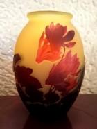 ガレ シクラメン 花瓶